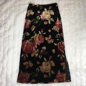 VTG Velvet Rose Skirt